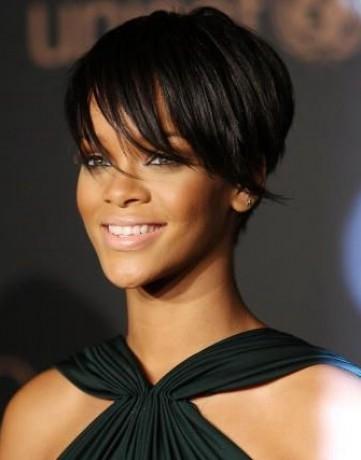 Rihanna účesy
